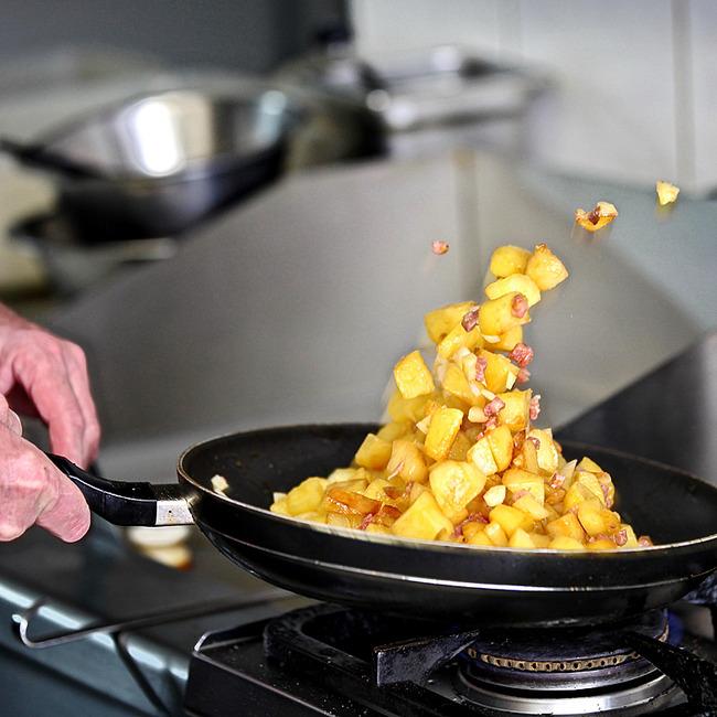 Bratkartoffeln frisch aus der Pfanne