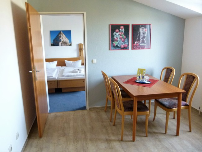 Esstisch_im_Familienappartement