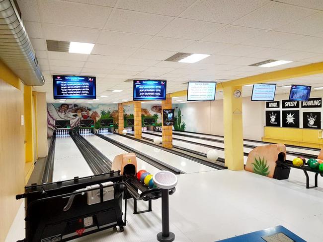 Speedy Bowling mit 6 Bahnen