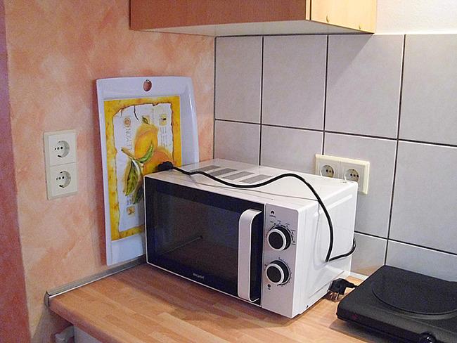 Fewo 1 - Küche mit Mikrowelle