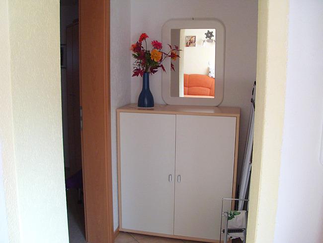 Fewo 2 - Flur mit Spiegel