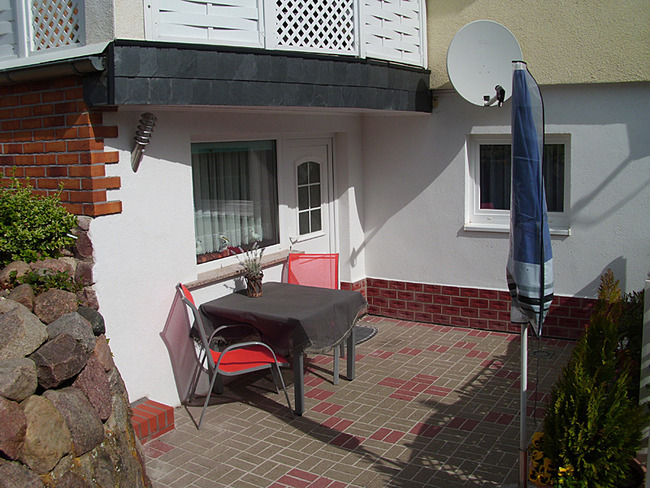 Fewo 2 - Terrasse am Haus
