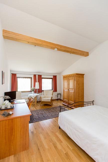 Doppelzimmer 15 - Blick ins Zimmer