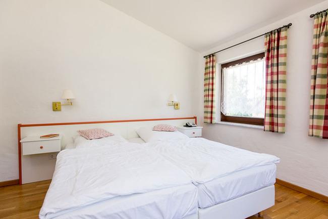 Ferienwohnung 16 - großes Doppelbett