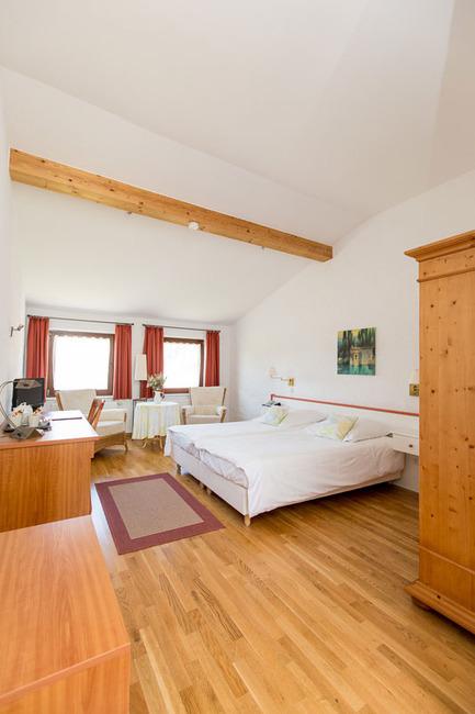 Doppelzimmer 12 - Blick ins Zimmer