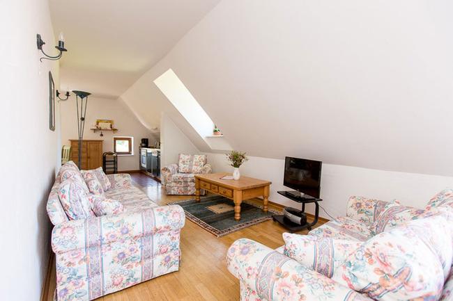 Appartement 6 - Wohnbereich mit Küchenzeile