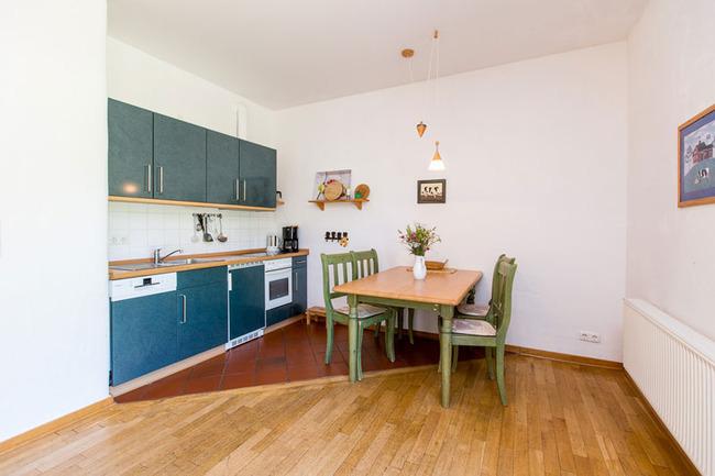 Appartement 3 - Küchenzeile und Essbereich