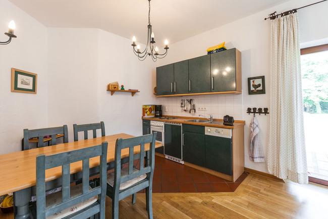 Appartement 2 - Küchenzeile & Essbereich
