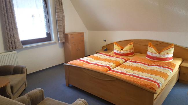 Schlafzimmer - Fewo1