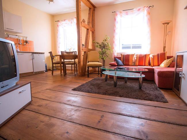 Appartement 5 - Wohnraum mit Küche