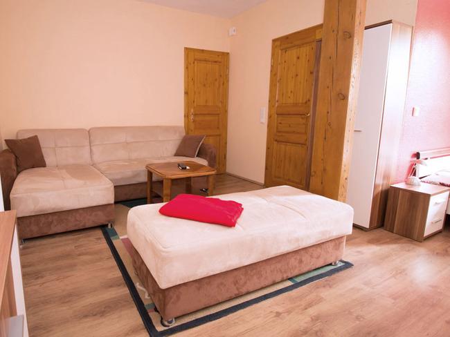 Doppelzimmer 6 - Couchecke