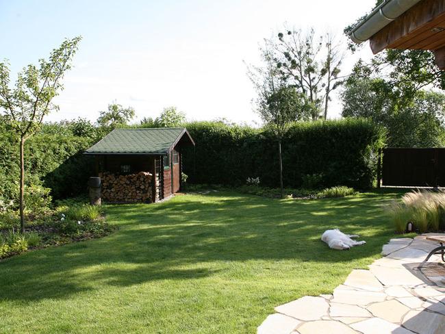 Haus 2 Garten mit Gartenhaus