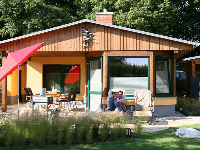 Haus 2 möblierte Terrasse