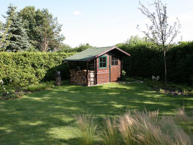 Haus 2 Terrasse mit Zugang zum Garten