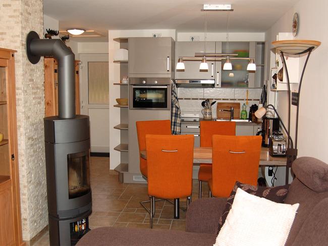 Haus 2 Wohnbereich mit Küche
