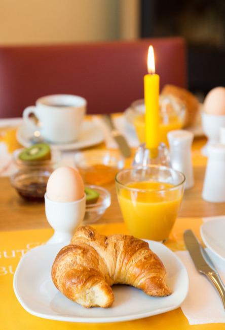 Landhaus-Rügeband-Frühstück-(5)