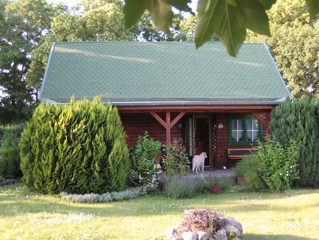 Haus 1 Garten Seitenansicht