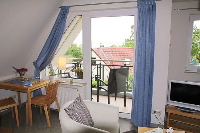 Appartement mit Loggia zur Seeseite