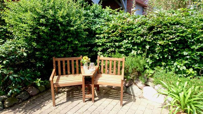 Gartenbank zum Verweilen