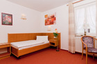 einzelbettzimmer-hotel-restaurant-roebel-mueritz