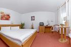 doppelbettzimmer-hotel-am-markt-roebel