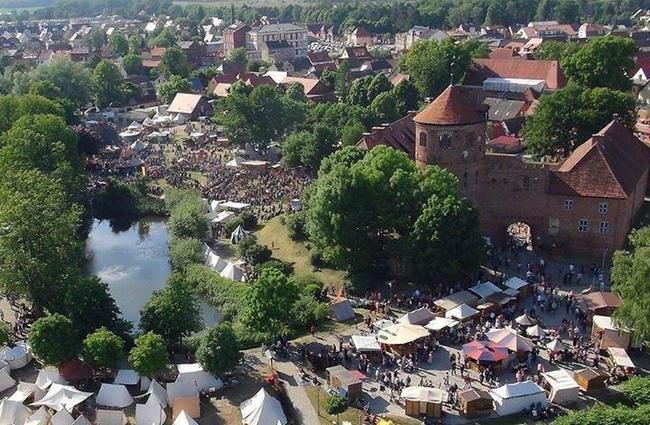 Luftbild_Burgfest