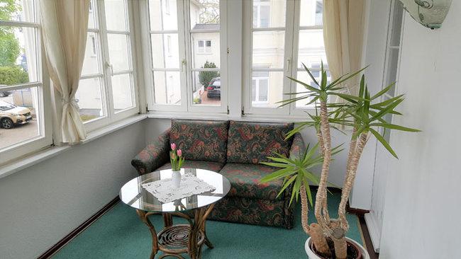 Loggia mit Sofa