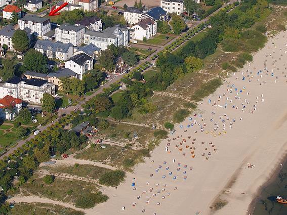 Luftbild von Ahlbelck mit Pension Carlsburg
