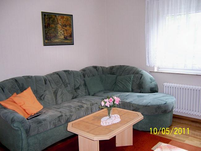 ferienhaus2-wohnraum-erika-schaefer-waren-mueritz