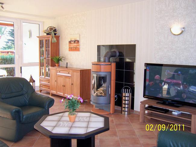 ferienhaus1-wohnraum-erika-schaefer-waren-mueritz