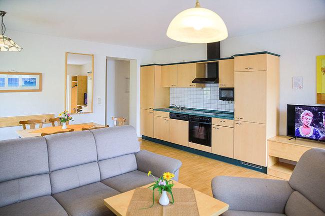 Ferienwohnung - Wohnraum und Küche