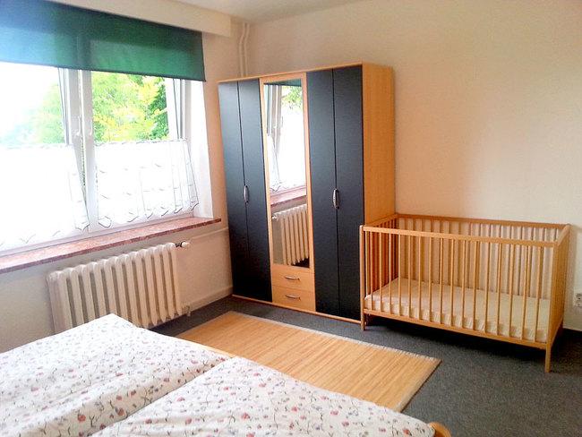 Fewo Hans - SZ mit Kinderbett