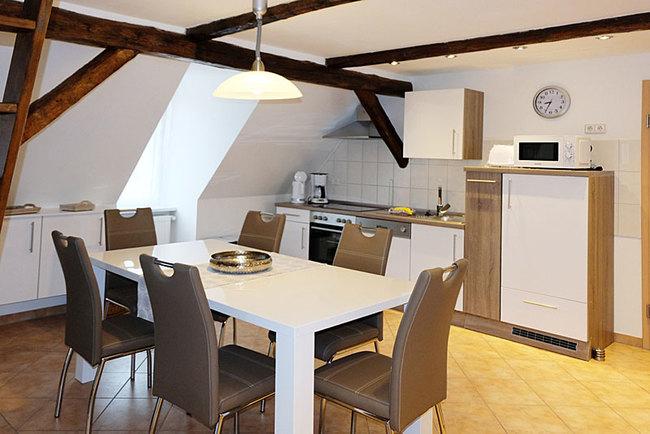 Ferienwohnung Paul - Küche mit Essplatz