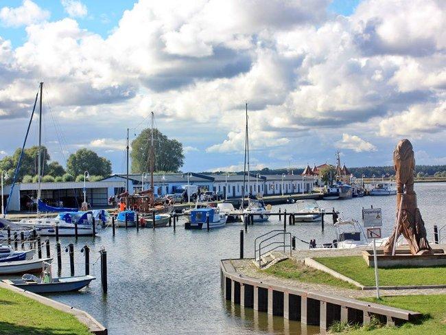 Yacht- und Fischereihafen Karlshagen