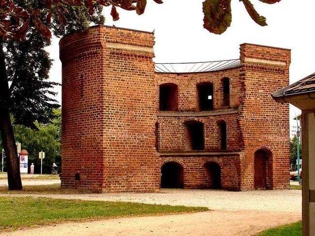 Historische Wall- und Wehranlagen Neubrandenburg
