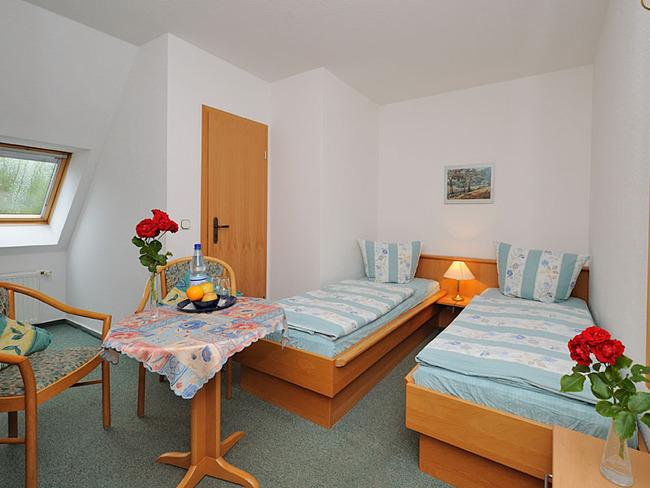 doppelbettzimmer-pension-schwark