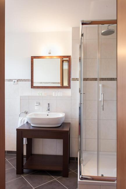 badezimmer-mit-dusche