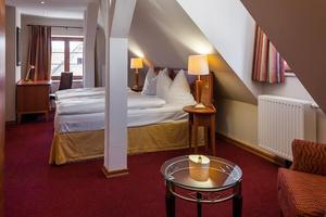 zimmer preise hotel haus sajons. Black Bedroom Furniture Sets. Home Design Ideas