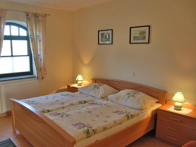 schlafzimmer-whg3