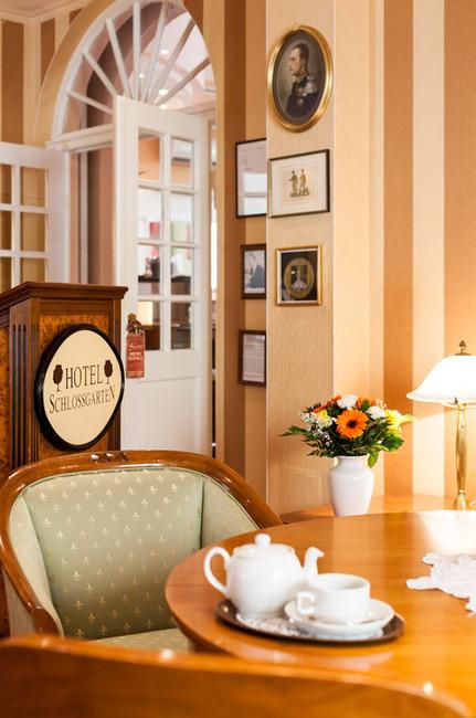 empfang-hotel-schlossgarten