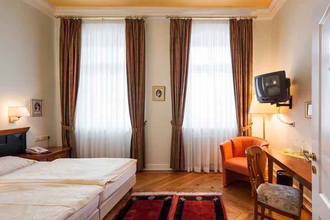 schlafzimmer-hotel-schlossgarten