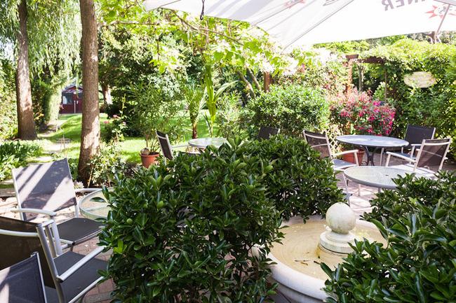 gartenterasse-hotel-schlossgarten