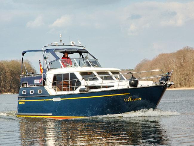 Motor-Yacht Moana - führerscheinfrei chartern