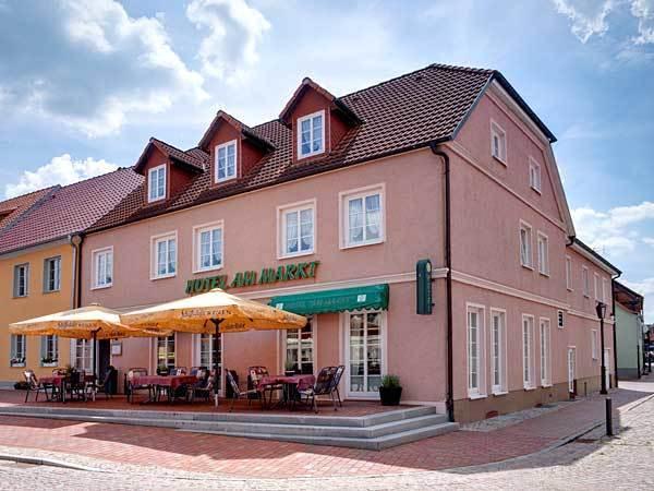 """Restaurant Hotel """"Am Markt"""""""