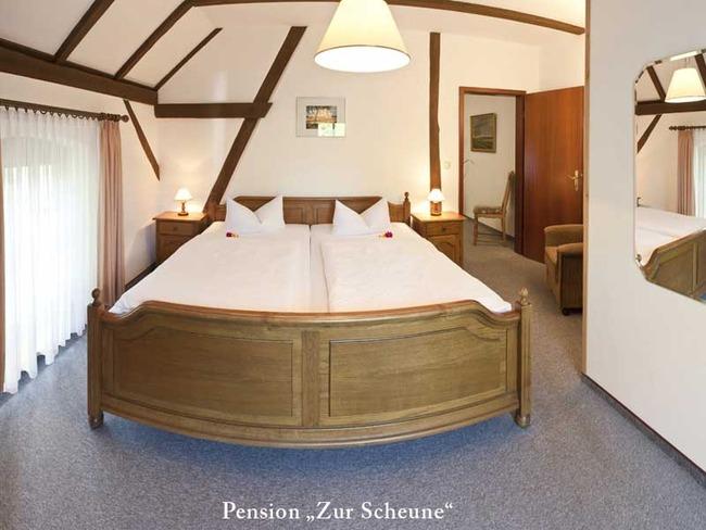 schlafzimmer-pension-zur-sc