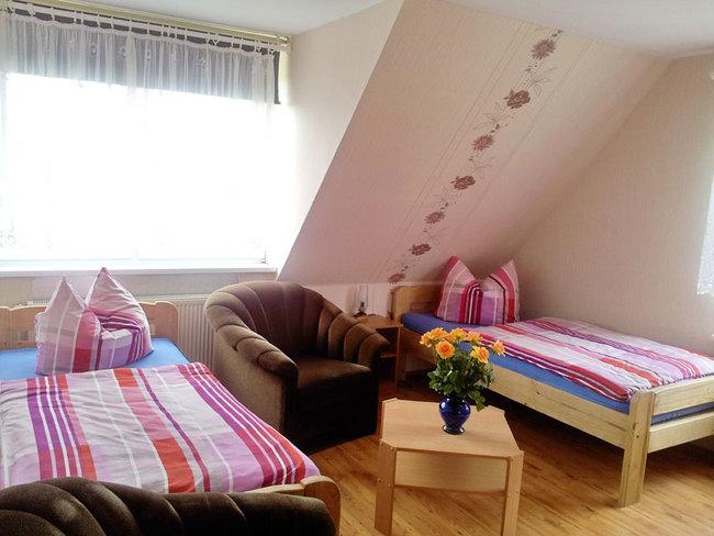 Pension - Zimmer mit 2 Einzelbetten
