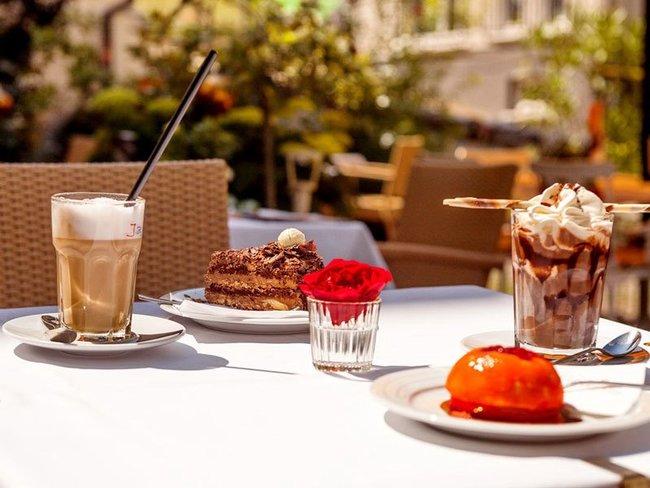 Conditorei-Café im  Hotel Villa Auguste Viktoria