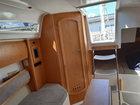 Sedna 26 - Kajüte mit Sitz- und Schlafplätzen