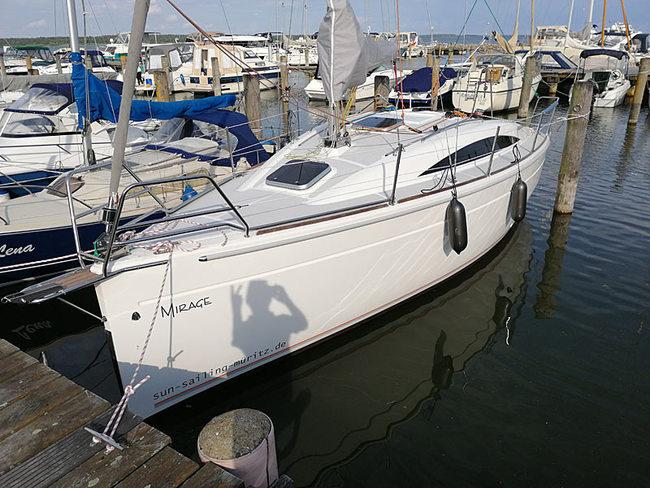 """Sedna 26 """"Mirage"""" im Hafen"""