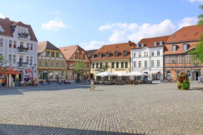 Marktplatz von Waren an der Müritz in Deutschland | © Stefan_Weis - stock.adobe.com